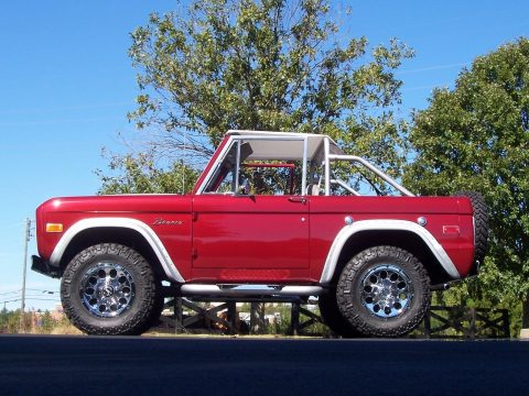 Gorgeous Restored 1974 Ford Bronco for sale