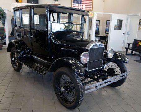 AMAZING 1926 Ford Model T Fordor Sedan for sale