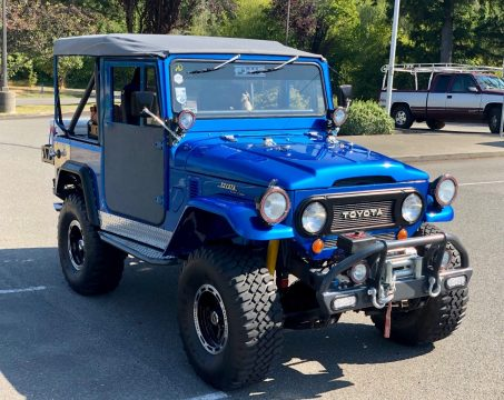 very nice 1973 Toyota Land Cruiser fj40 restored for sale