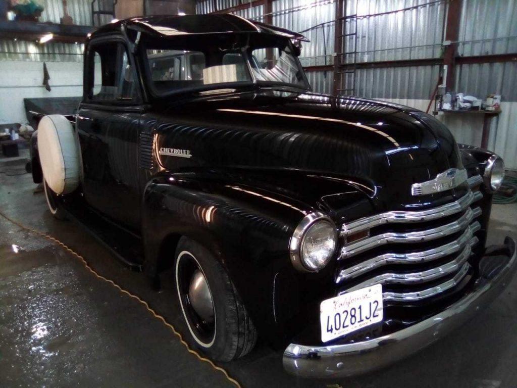1952 Chevrolet 5 Window Truck 3100 Restored (Black Diamond)