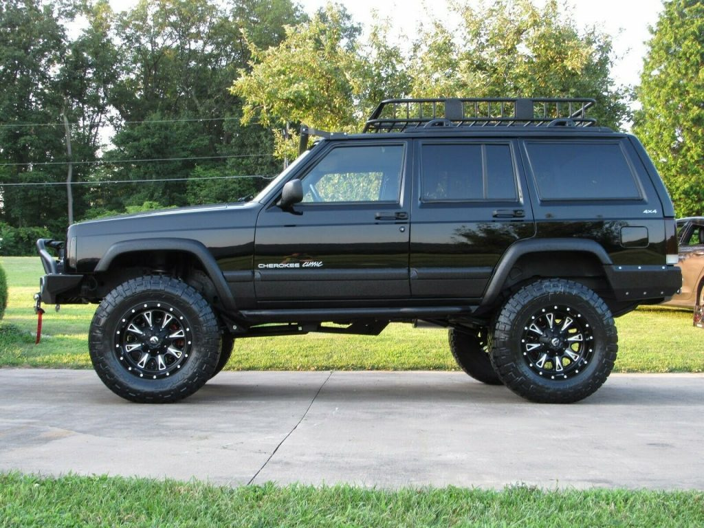 Restored 1999 Jeep Cherokee Black 4.5 Lifted